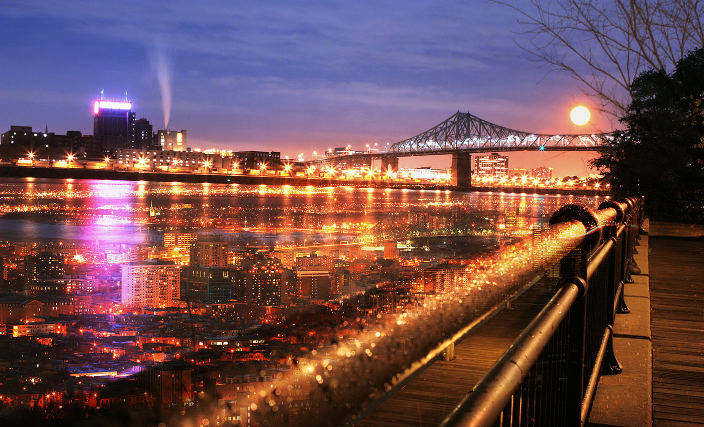 Montreal Jacques Cartier Bridge and River - Royalty-Free Stock Imagery