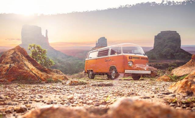 Vintage VW Camper Van Road Trip 01 - Royalty-Free Stock Imagery