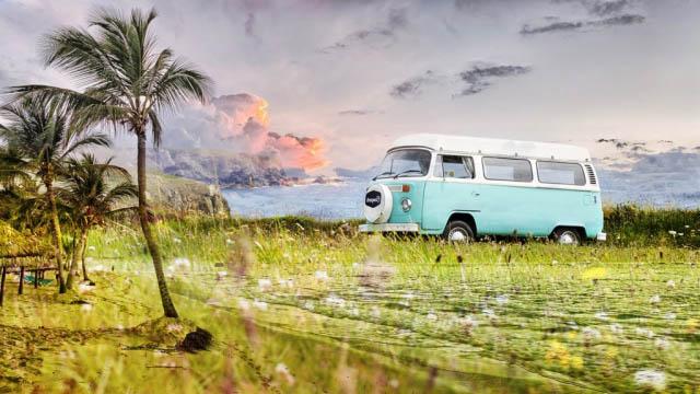 Vintage VW Camper Van Road Trip 02 - Royalty-Free Stock Imagery