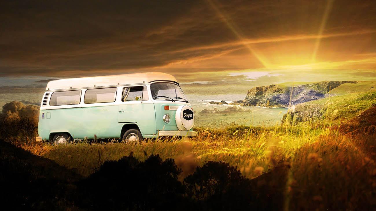 Vintage VW Camper Van Road Trip 06 - Royalty-Free Stock Imagery