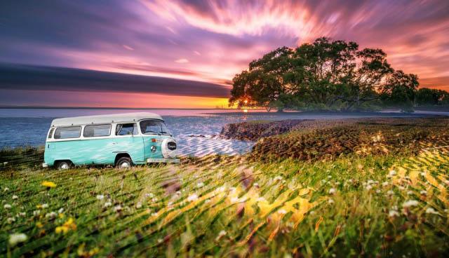 Vintage VW Camper Van Road Trip 08 - Royalty-Free Stock Imagery